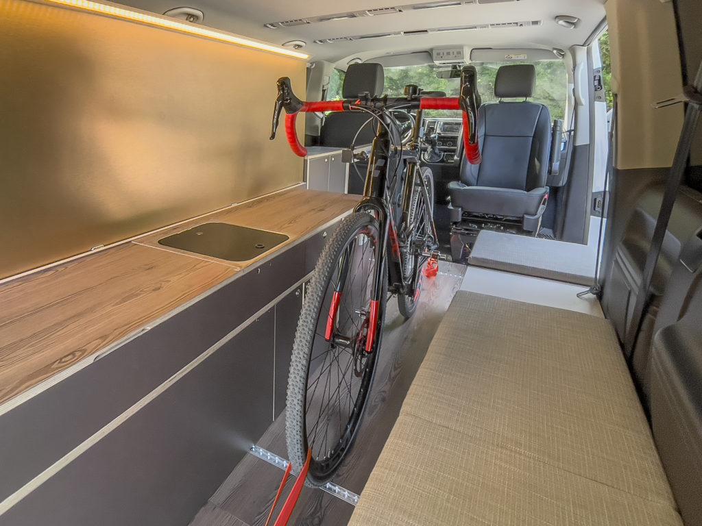 Fahrrad Innenraum Bus Good Life Vans  presse